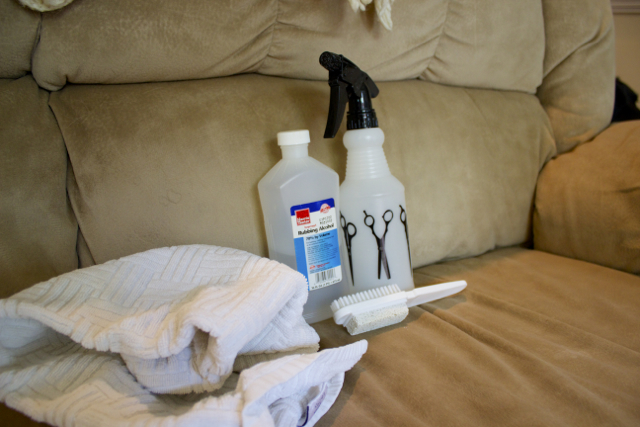 Cleaning Microfiber Sofa With Alcohol
